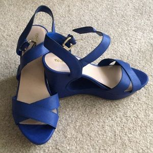 "New Cobalt Blue Platform Wedges 4"" - sz 8.5, HOT!"